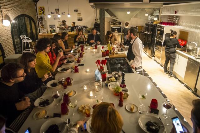 Foodieteca cursos de cocina en barcelona show cooking for Cursos de cocina barcelona